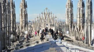 Lo spettacolo di Milano, il panorama dalle guglie del Duomo
